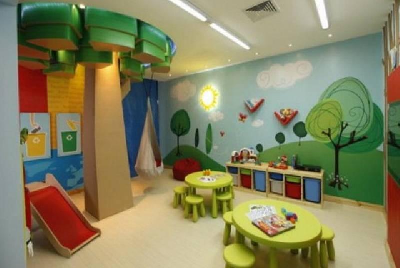 Une salle de jeux colorée